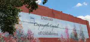 Duncan Oklahoma is the Crape Myrtle Capital of Oklahoma